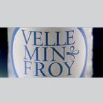 Le spot TV de l'eau de source Velleminfroy signé AtYpIC Prod