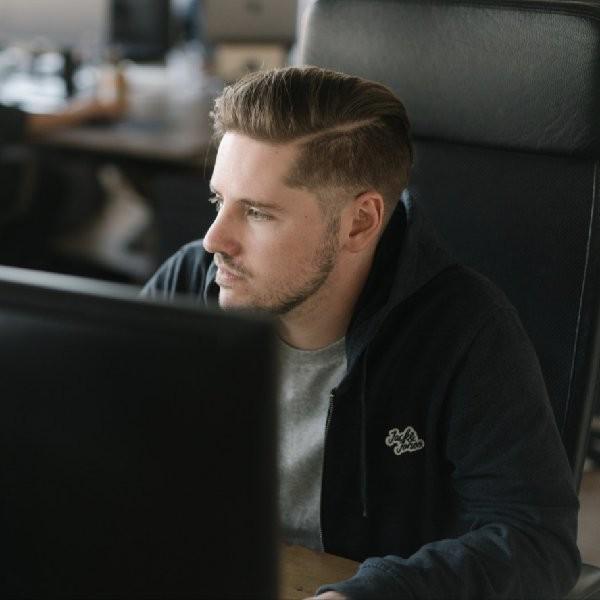 Julien Giombetti rejoint Explose en tant qu'UX/UI Designer