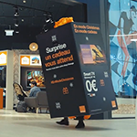 Caméra cachée: Orange Luxembourg surprend les clients des centres commerciaux avec sa boîte surprise